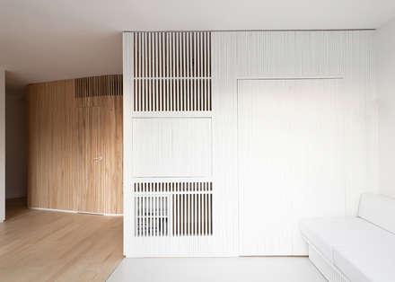 Appartement N°4: Bureau de style de style Scandinave par Julien Joly Architecture