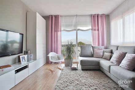 Sant Feliu: Salones de estilo escandinavo de Dröm Living