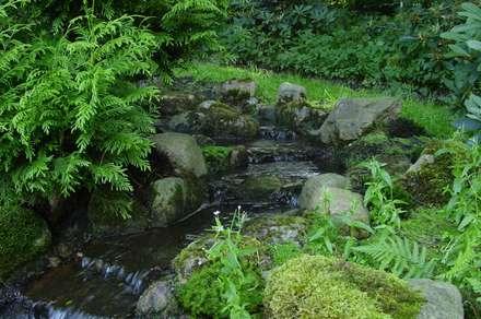 Wasser im Garten, Bachlauf: asiatischer Garten von japan-garten-kultur