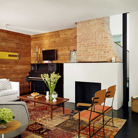 Palma Plaza Residence: modern Living room by Hugh Jefferson Randolph Architects