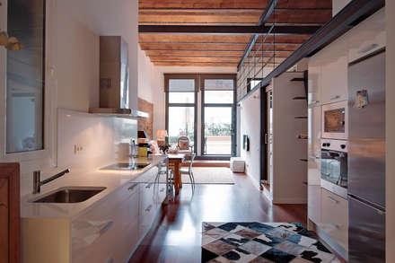 Cocina promoción ELIX Aragó, 35: Cocinas de estilo minimalista de ELIX