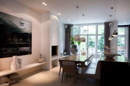 Familiehuis, Amsterdam Zuid: eclectische Eetkamer door Binnenvorm