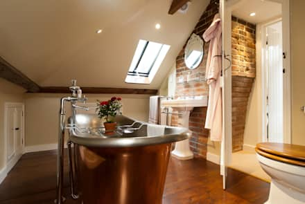 Copper Bath: Rustic Bathroom By A1 Lofts And Extensions