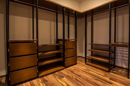 modern Dressing room by BANG arquitectura
