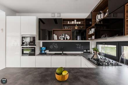 Kuchnia otwarta: styl , w kategorii Kuchnia zaprojektowany przez stabrawa.pl