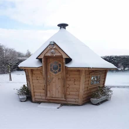 You can use barbecue cabins all year round whatever the weather. : scandinavian Garden by Arctic Cabins
