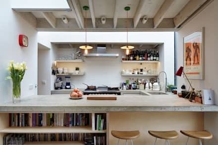 View across the kitchen: modern Kitchen by Fraher Architects Ltd