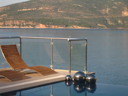A Holiday Home in Turkey: mediterranean Pool by Sarah Ward Associates