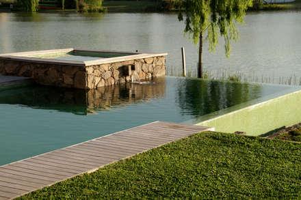 Hồ bơi by PARQUEARTE  Piscinas como iconos de diseño.