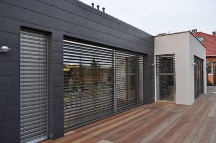Dom w Gorzowie nr 2: styl minimalistyczne, w kategorii Domy zaprojektowany przez STRUKTURA Łukasz Lewandowski