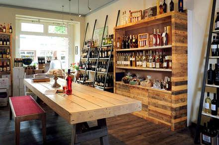 Geschäftsausstatung Weinladen:  Ladenflächen von Tischlerei Volker Frings