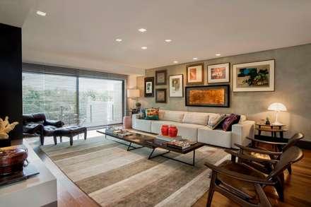 Projeto Casa Moderna - Jorge Elmor: Salas de estar modernas por Elmor Arquitetura