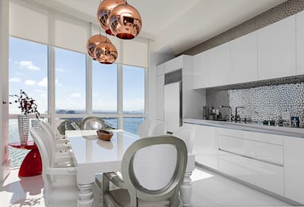 Sunny Isles - FL - US: Cozinhas modernas por Infinity Spaces