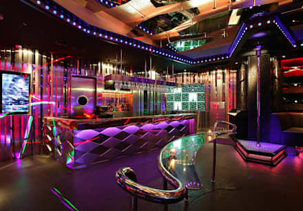 DISTRICT _ Mute(Club): CHIHO&PARTNERS의  바 & 카페