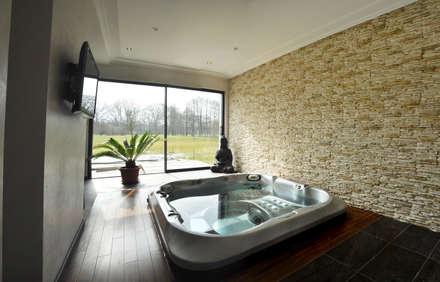 Spa de estilo moderno por [ADitude*] Architecture