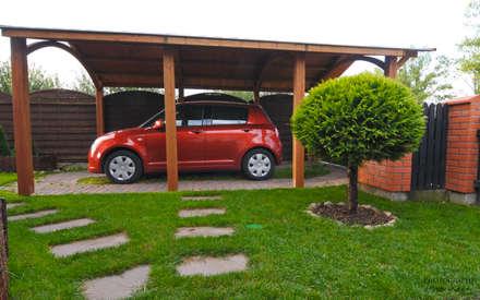 Porche 1 plaza: Garajes abiertos de estilo  de JAGRAM-PRO