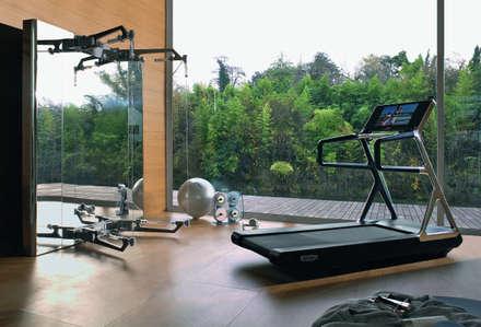 modern Gym by Technogym Germany GmbH