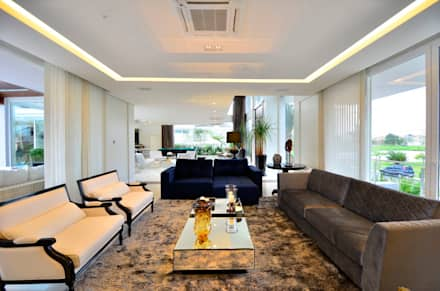 Livings de estilo topical por Marcelo John Arquitetura e Interiores