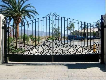 Teknik Metal Ferforje - Ferforje Bahçe Kapıları: modern tarz Bahçe