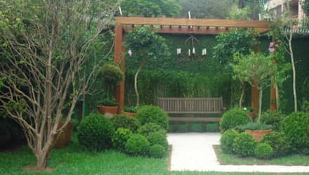 classic Garden by Línea Paisagismo.Claudia Muñoz