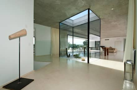 modern Conservatory by Ivan Torres Architects