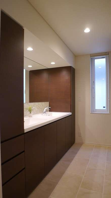I 邸: 株式会社スター・ウェッジが手掛けた浴室です。