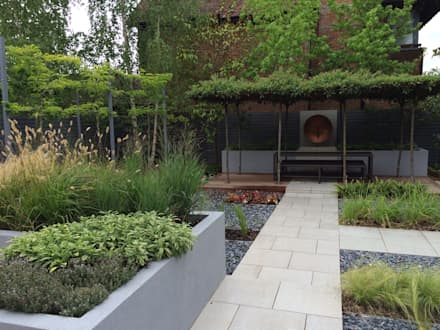 Tiled Path: modern Garden by Borrowed Space