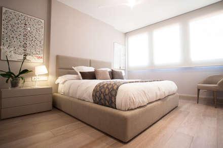 Interiorismo, C/ Cronista Cabreres e Ballester: Dormitorios de estilo moderno de Estatiba construcción