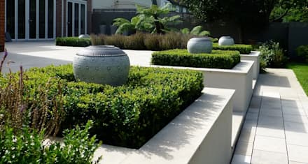 Fern Garden: tropical Garden by Garden Arts