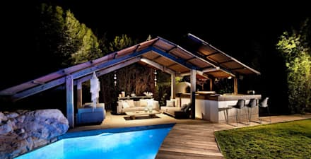 Pool House at Night :  Garden Pool by TG Studio