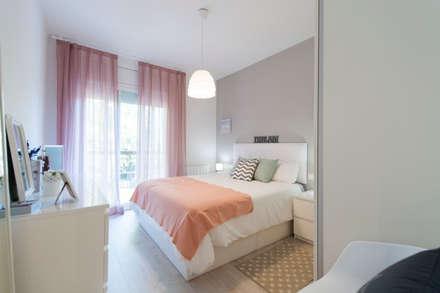 Reforma integral en Sant Andreu: Dormitorios de estilo escandinavo de Global Projects