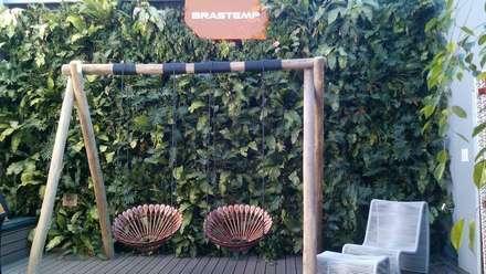 Salas de eventos de estilo  por Quadro Vivo Urban Garden Roof & Vertical