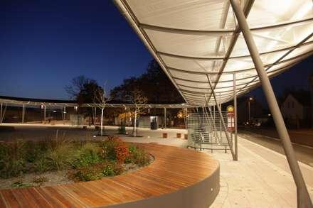 Lichtplanung für den Busbahnhof in Haldensleben:  Flughäfen von SSP SCHMITZ SCHIMINSKI Parter GbR - Planung für Raum - Licht - Design
