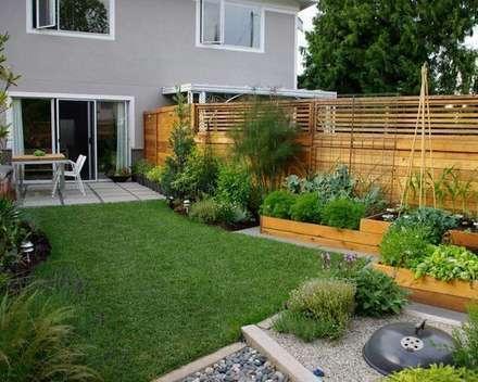classic Garden by Dotto Francesco consulting Green