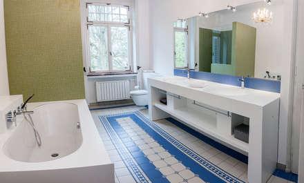 Privatbadsanierung Jugendstilvilla: Klassische Badezimmer Von Pfeiffer GmbH  U0026 Co.