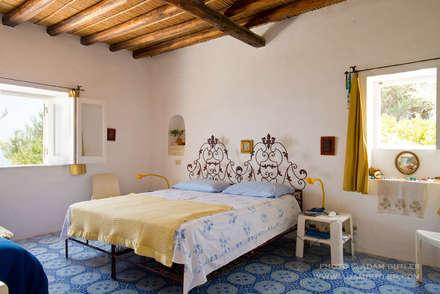 Casa Menne, Panarea, Aeolian Islands, Sicily : mediterranean Bedroom by Adam Butler Photography