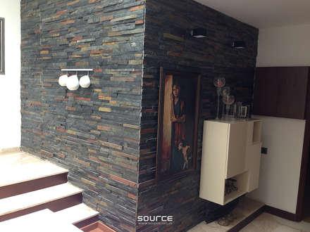 Kalro Villa:  Corridor & hallway by Source Architecture