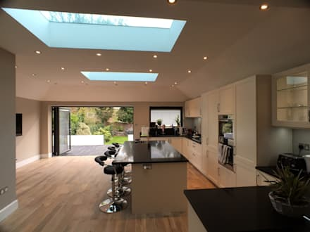 6 m rear extension design and build : modern Dining room by Progressive Design London