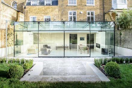 Barnes, London: Culmax Glass Box Extension: modern Conservatory by Maxlight