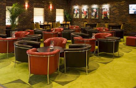 The clubroom bar:  Bars & clubs by K-Tribe Studió