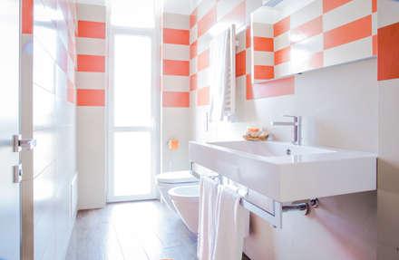 Privilege Apartments: Bagno in stile in stile Moderno di PROJECT AB