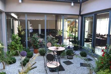 modern Conservatory by Autorskie Studio Projektu QUBATURA