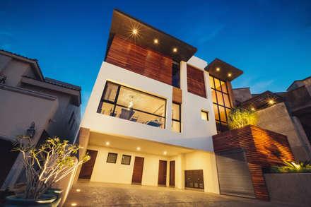 Residencia R53: Comedores de estilo moderno por Imativa Arquitectos