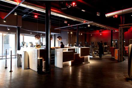 Lighting - Audace Palestre - Milano: Palestra in stile in stile Industriale di Romano Baratta Lighting Studio
