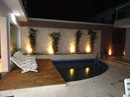 Piscinas de estilo ecléctico por Kátia Borges - arquitetura+interiores
