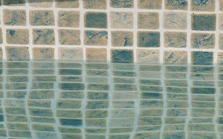 Piscina color Persia Arena RENOLIT ALKORPLAN3000: Piscinas de estilo mediterráneo de RENOLIT Ibérica