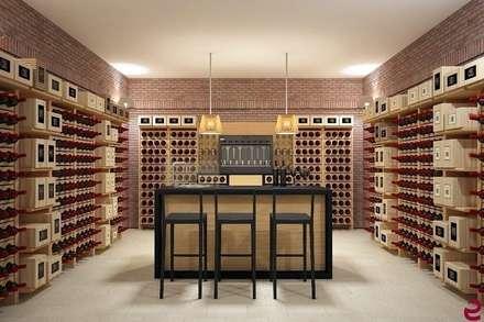 Cantina idee immagini e decorazione homify for Arredamento cantina vino