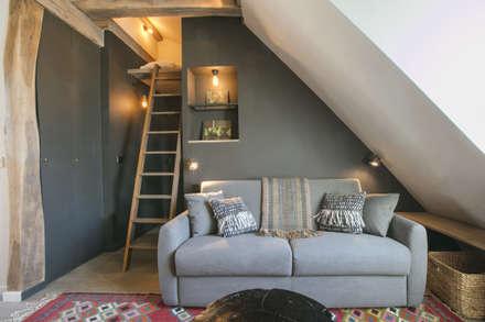 rue de rivoli 75001 PARIS: Salon de style de style Scandinave par cristina velani
