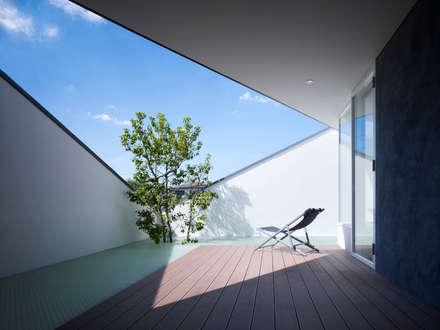 modern Garden by 山縣洋建築設計事務所