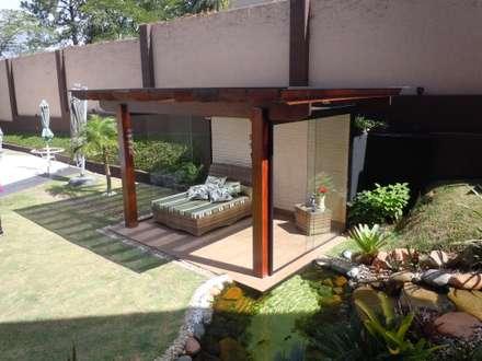 Hiên, sân thượng by Flávia Brandão - arquitetura, interiores e obras